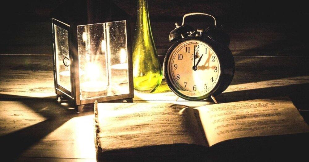 ランタンと時計