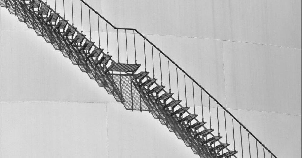 モノクロの階段